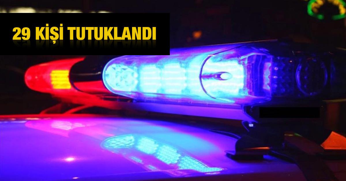 Η αστυνομία πραγματοποιεί επιδρομή στο σπίτι όπου διοργανώθηκε πάρτι στο Gönyeli!