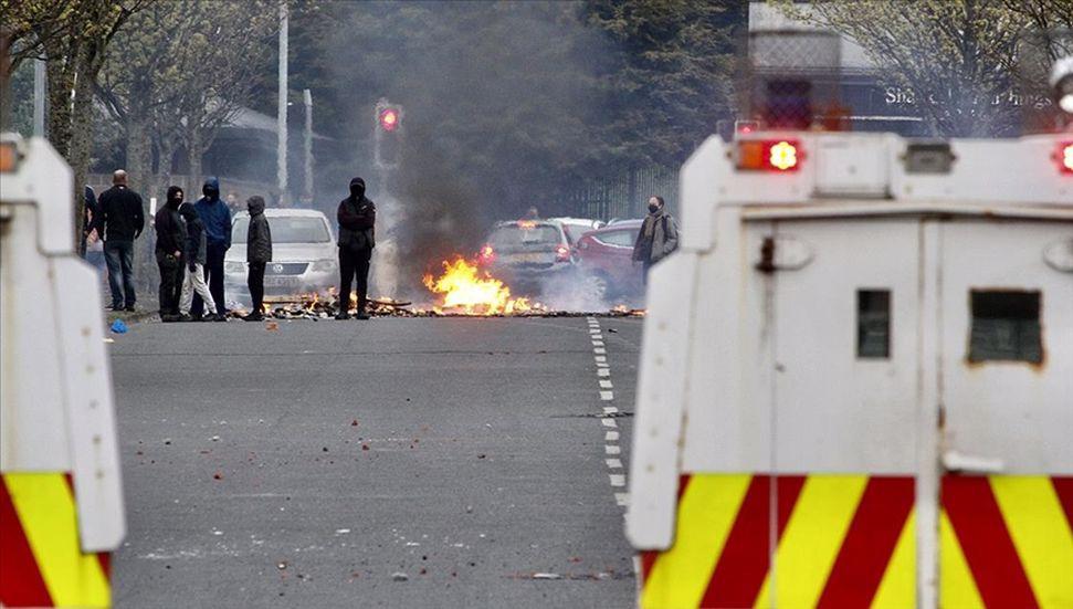 Η βία συνεχίστηκε στη Βόρεια Ιρλανδία